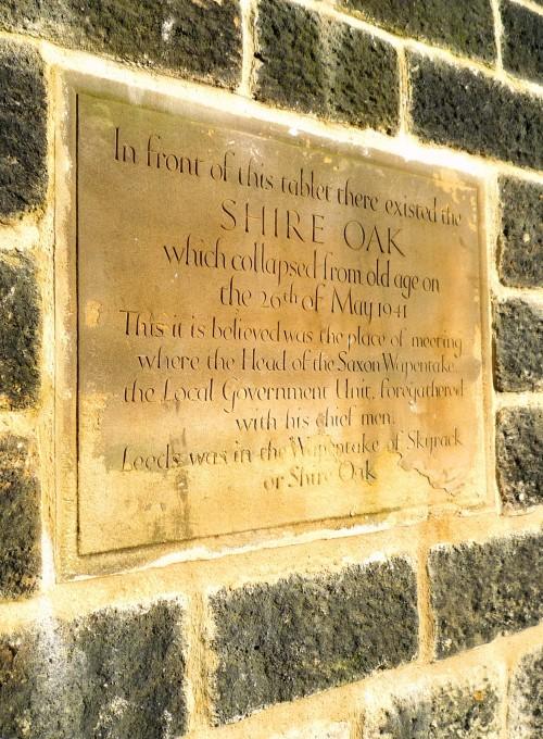 The commemorative plaque for the Shire Oak