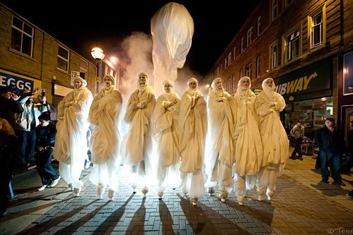 The 8 Stilt-walkers of the Apocalypse