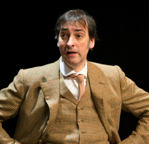 Pygmalion Alistair McGowan as Prof Higgins 4-®Manuel Harlan