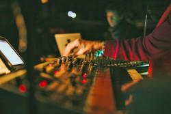Radioland rehearsals credit Sarah Mason Photography