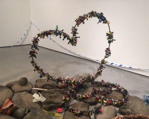 Democracy of modern sculpture