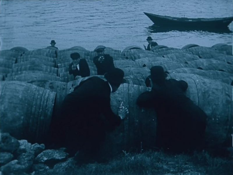 A scene from  Juve Contre Fantômas